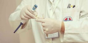 técnico superior laboratorio clínico