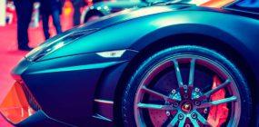 vendedor automóviles