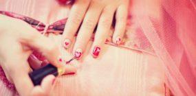 Curso de Especialista en Manicura y Pedicura. Decoración de uñas y Reflexología Podal