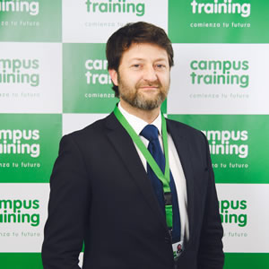 angel-vega - parte del equipo de Campus Training