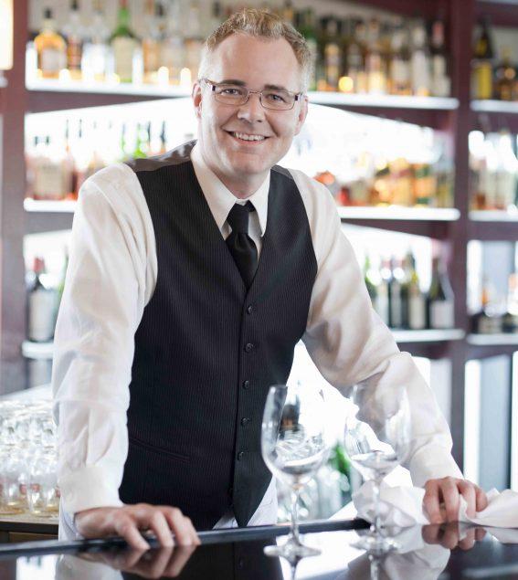 Sueldo de un barman