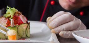 Curso de Cocina, gastronomía y pastelería + Cocina en miniatura + Certificado de Profesionalidad de Operaciones Básicas de Restaurante y Bar