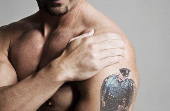 tatuajes en la policía