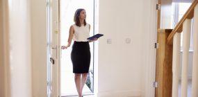 ¿Qué hay que estudiar para ser agente inmobiliario?