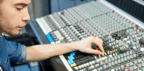 Cuánto cobra un productor musical: sueldos de la industria de la música