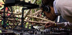 Cómo ser dj de discoteca o de música electrónica