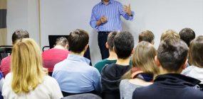 Academia oposiciones Trabajo Social: ¿en qué debo fijarme?
