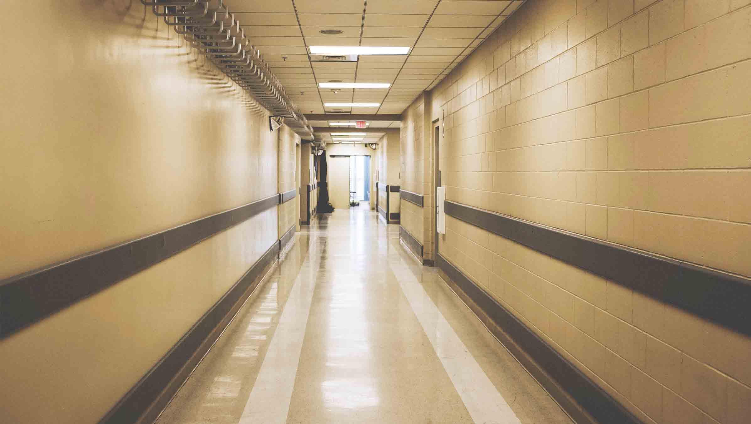 Sueldo celador Sergas: lo que gana en la Sanidad Gallega