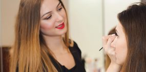 Cómo ser una buena maquilladora