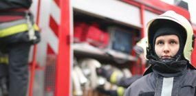 Mujeres bomberos en España