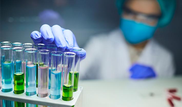 funciones de trabajo en un laboratorio clínico