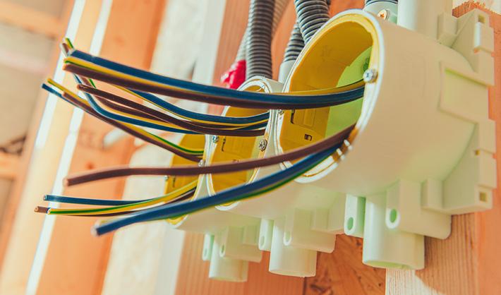 Técnico en Instalaciones Eléctricas y Automáticas a distancia − Campus Training