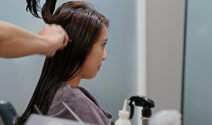 Perfil de un peluquero estudiar peluquería