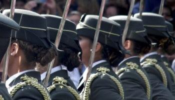 Altura mínima Guardia Civil mujer: ¿das la talla?