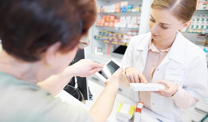 como trabajar en una farmacia opciones formativas
