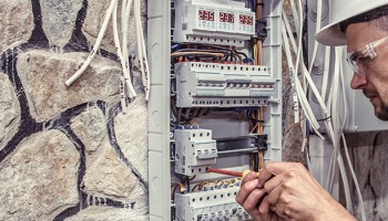 Diferencia entre electricidad y electrónica|Cuál es la diferencia entre electricidad y electrónica