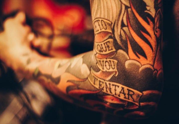 cuánto gana un tatuador, ¿Cuánto gana un tatuador? De buena tinta
