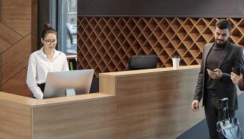 Curso de Recepcionista de Hotel online: trabaja en hotelería