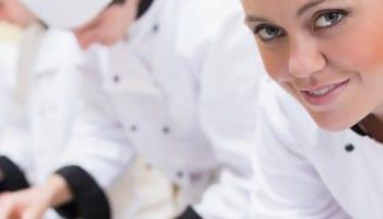 ¿Dónde prepararse para ser cocinero profesional?