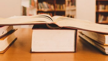 ¿Conoces todas las funciones de bibliotecario? Descúbrelas