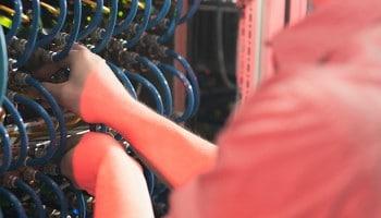 Conoce las funciones de un instalador de redes informáticas