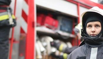 mujeres bomberos en españa|ser mujer bombero en españa