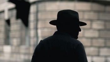 ¿Qué estudiar para ser detective? La respuesta aquí