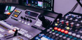 Descubre los mejores productores musicales del mundo. ¡Trabaja con música!