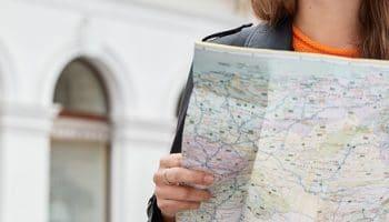 qué funciones tiene un guía turístico|Conoce las funciones de un guía turístico