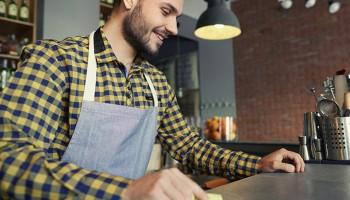 El camarero de barra: salida profesional del curso barman
