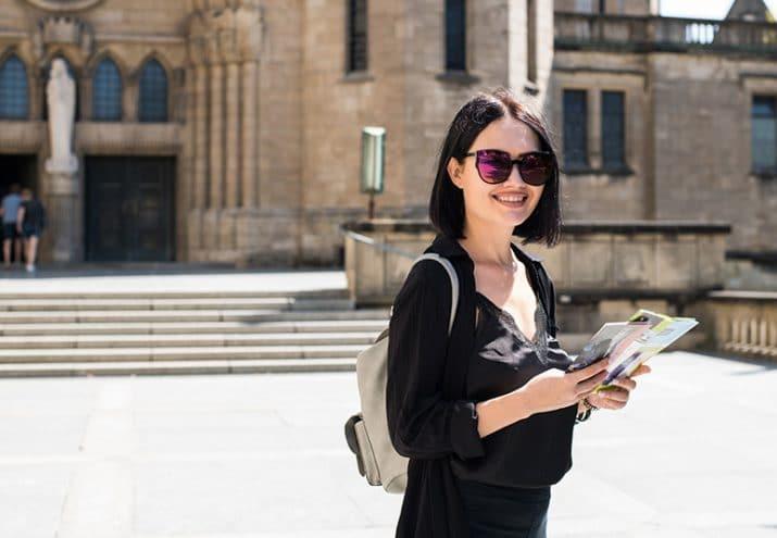 sueldo de un guía turístico