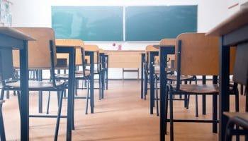 Cuánto gana un maestro de primaria jubilado